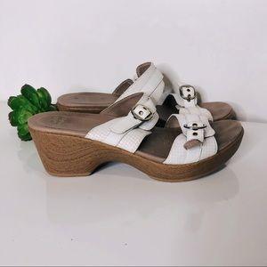 Dansko White Cream Houndstooth Buckle Sandals